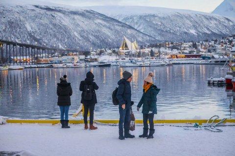 NEI, TJA og JA: 15 ordførere i Nord-Norge opplyser til NTB at deres kommune vurderer å innføre søringkarantene. Tolv holder døra på gløtt og 16 sier nei til en slik karantene. Her fra Tromsø.