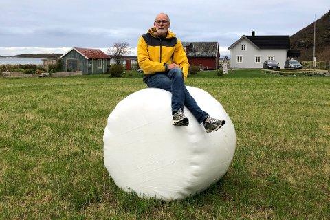 Verd prisen: – Det er verdt å ofre 1,5 dekar jordbruksareal dersom det kan medføre tilflytting og mer liv og røre på stedet, sier grunneier Kjell Fredriksen.