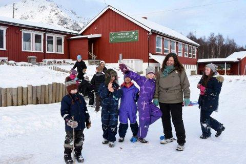 Stabilt: Rektor Marianne Apold og Hamarøy Montessoriskole har stabilt elevtall både nå og de neste årene.