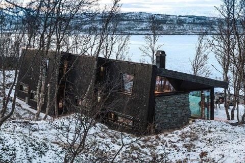 SOLGT: Dette er den dyreste hytta i Troms noensinne. Kjøperen er en advokat fra Tromsø.
