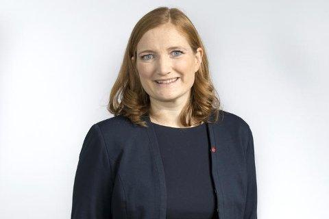 Ordfører Ida Pinnerød og resten av Arbeiderpartiet kommer med ti løfter til eldre som vil bo hjemme.