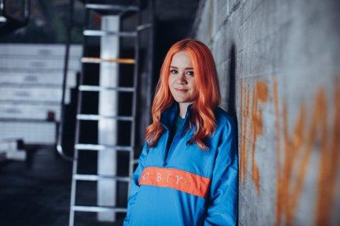 Caroline Ailin (31) fra Bodø har etablert seg som en av de mest ettertraktede låtskriverne i verden.