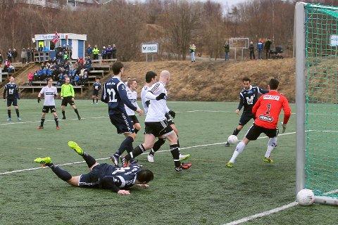 Bildet fra en kamp på Tverlandet for pandemien. I 2020 sluttet 13.929 med idrett i Nordland.