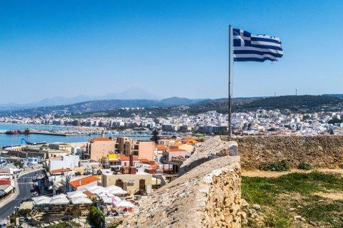 Den greske øya Kreta går fra grønn til oransje, og man må dermed i karantene ved innreise.
