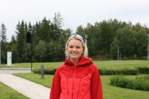 GLEDER SEG: Silje Bentzen Østby (20) ser fram til å gå i gang med bachelorgraden i havbruksdrift og ledelse ved Nord universitet i Bodø.