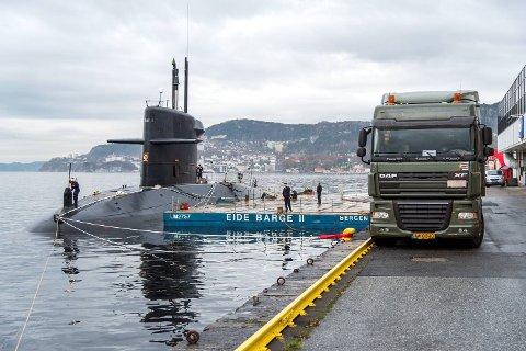 Den hollandske ubåten HNLMS Walrus ligger til kai i Bergen denne helgen.