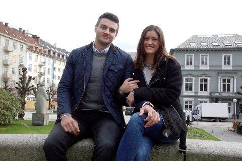 Stine Skogrand og Eivind Tangen har kjent hverandre lenge. I snart to år har håndballspillerne også vært kjærester.