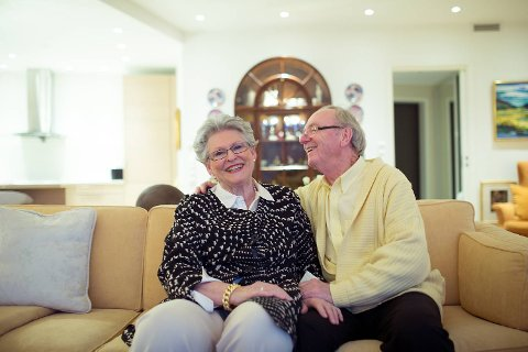 Kirsten Hetland og Kjell Moberg traff hverandre i godt voksen alder. - Kjærlighet handler ikke bare om å ta i mot, men også det å gi, sier de to.