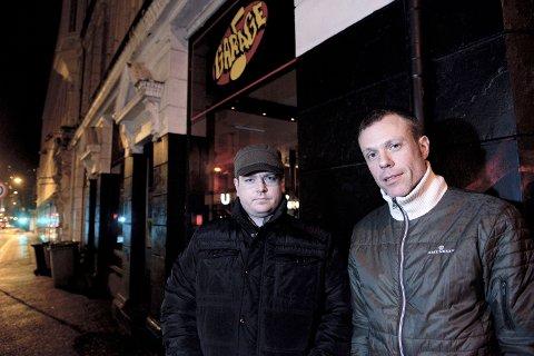 Stolt: Musikkterapeut Øystein Lydvo (t.h) er mektig imponert over det bandet har fått til.