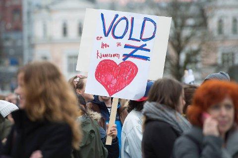 «Vold er ikke kjærlighet».