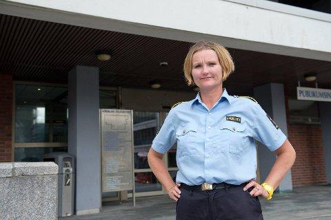Tone Loftesnes Kornli, leder for Ungdomsseksjonen ved Bergen sentrum politistasjon, ønsker bedre opplæring av sosiale medier i skolen.