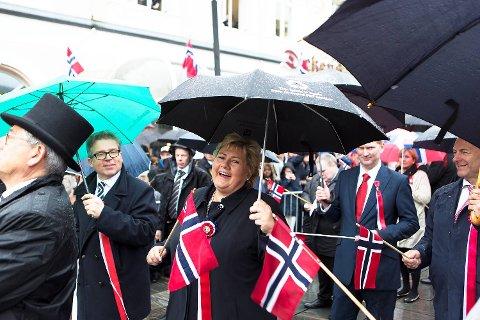 Bare Brann la en demper på statsminister Erna Solbergs humør på nasjonaldagen.