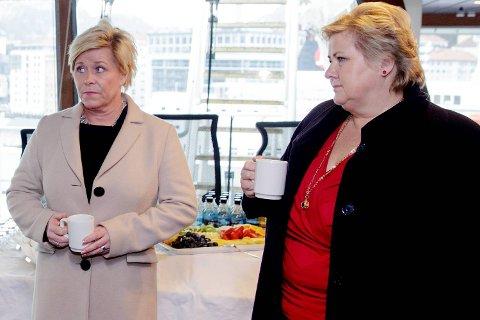 Statsminister Erna Solberg og finansminister Siv Jensen besøkte tirsdag bedrifter i Bergen rammet av den økende arbeidsledigheten. Her ombord på supply-skipet Skandi Vega som ligger til kai  ved Skoltegrunnskaien.