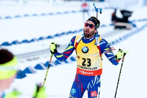 MartinFourcade fra Frankrike gikk i mål som seierherre etter 20 km normalprogram i VM i skiskyting i Holmenkollen torsdag.