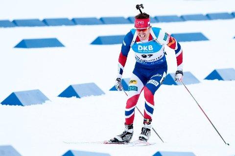 Emil Hegle Svendsen fikk det tungt på sprinten på hjemmebane.