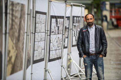 Verdens Flyktningedag ble markert på Torgallmenningen i dag.     Hasko Hasko er flyktning og kunstner og historien hans er stilt ut på Vågsallmenniningen.
