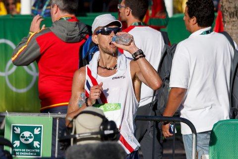 Erik Tysse etter målgang på  20km kappgang under OL i Rio de Janeiro fredag.