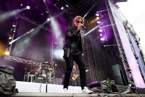 Conrad Sewell (28) fra Australia er vokalen i Kygos første singel «Firestone», som på kort tid ble en hit internasjonalt.