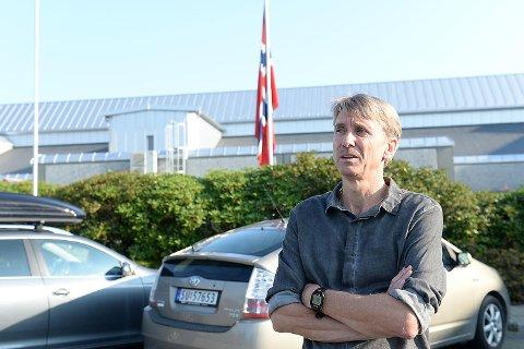 Rektor Rune Dolvik forteller om en tung dag på jobb etter Stig Hammerslands bortgang.