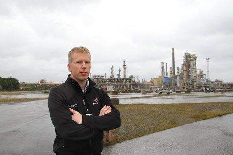 Robert Henricks har det øverste ansvaret for hele gigantprosjektet, som har en kostnad på 600 millioner og teller 240 000 arbeidstimer.