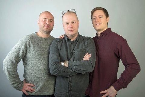 Jan Gunnar Kolstad (t.v.), Kai Flatekvål og Einar Lundsør er tilbake med mer eller mindre seriøst Fotballpreik om Brann!