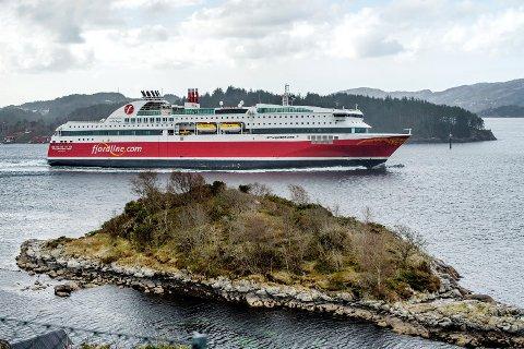 Danskebåten til Fjordline i Vatlestraumen. Bildet er tatt ved en annen anledning. (Arkiv)