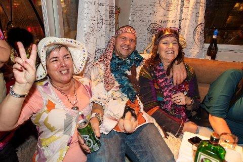 F.v: Sølvi Iren Stokken, Inge Fossdal og Jane Helen Fossdal.