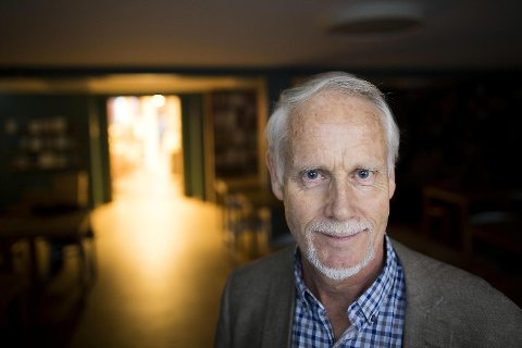 Ingvard Wilhelmsen gikk av med pensjon i fjor fra sin stilling som professor ved Universitet i Bergen. Men den populære foredragsholderen har fortsatt sin 20 prosents stilling ved Hypokonderklinikken.