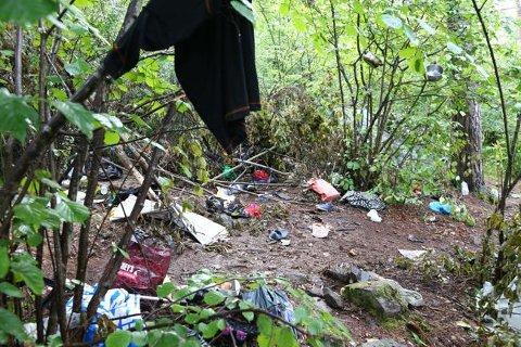 Denne leiren i Ekebergskogen måtte Rusken rydde opp i fjor sommer.