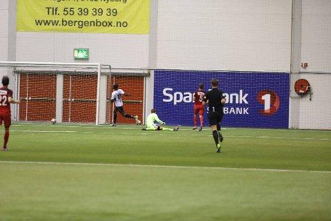 Brann spilte treningskamp mot Sogndal i Vestlandshallen lørdag ettermiddag. Det endte 2-1 til gjestene.
