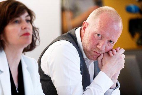Arne Jensen i Norsk Redaktørforening mener Norsk Fotball opptrer urimelig overfor TV 2.