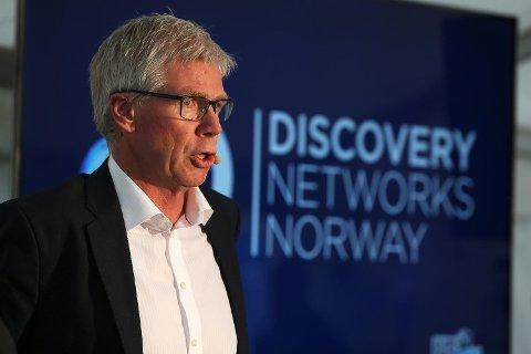 Leif Øverland ber i en mail til eliteserieklubbene om at verken spillere eller støtteapparat deltar i FotballXtra på TV 2 inntil videre.