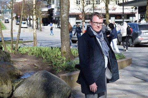 Visedekan Bjørnar Borvik ved UiB drar flere ganger i året til Kina for å undervise i europeiske menneskerettigheter. Selv legger han ikke skjul på at han er blitt kritisert for ikke å ta tilstrekkelig avstand for hvordan Kina praktiserer menneskerettighetene. FOTO: SVEIN TORE HAVRE