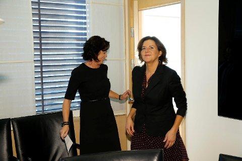 Likestillings- og diskrimineringsombud Hanne Bjurstrøm (til høyre) er lite glad for endringsforslagene hennes sjef likestillingsminister Solveig Horne la fram onsdag.  Foto: Gorm Kallestad / NTB scanpix