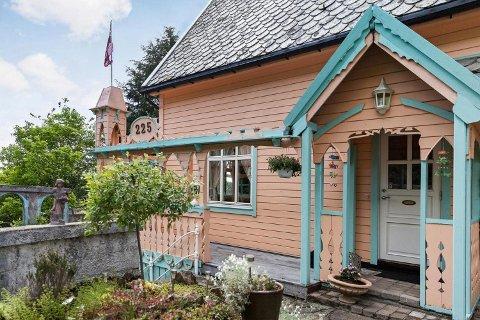 – Det blir opp til neste eier, men jeg håper jo at de vil bevare huset til ekte Pippi Langstrømpe-stil, sier Britt Iren Fjeld.