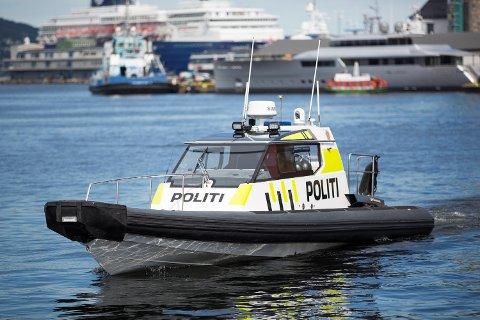 Den lynraske politibåten er ofte å se, men noen ganger er den ikke klar til å rykke ut på oppdrag