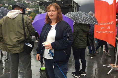 Sølvi mistet sønnen som følge av overdose. Torsdag deltok hun i markeringen på Festplassen.
