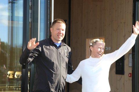 Nygifte Hogne Brunborg og Birgit Høyvik.