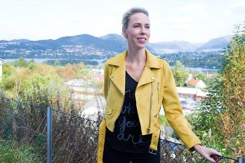Møter Therese Røknes - fikk barn etter operasjon for livmorhalskreft