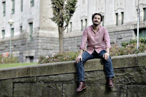 Eirik del Barco Soleglad er en av byens mest markante skuespillere.