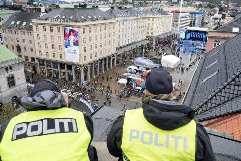 Forberedelser til sykkel-VM førte til at politiet måtte nedprioritere etterforskning av narkotika og andre saker, ifølge ny rapport.FOTO: SKJALG EKELAND