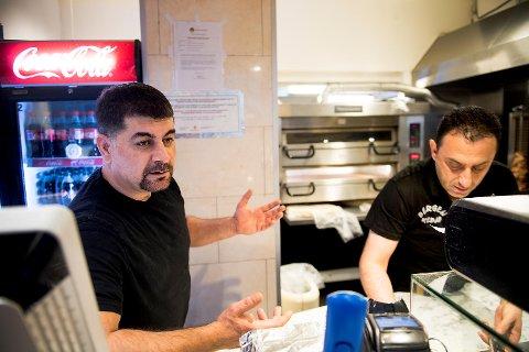 Bergen Kebab ble stengt før helgen, og fikk åpne igjen mandag. Nawzad Dawood og Zana er oppgitt over fremgangsmåten til A-krimgruppen.