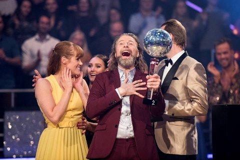 Det var Einar Nilsson, med dansepartner Anette Stokke, som stakk av med seieren i «Skal vi danse» på TV 2.