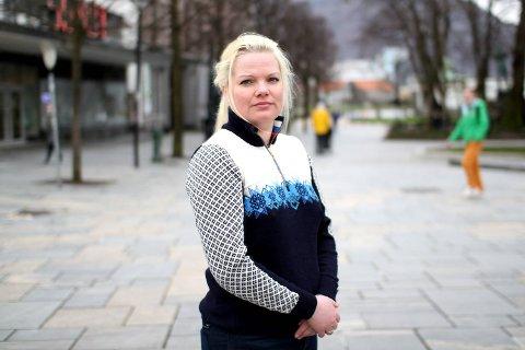 Silje Hjemdal (Frp) er en av tre stortingsrepresentanter bak et nytt forslag til fylkesvåpen for Vestland fylke.