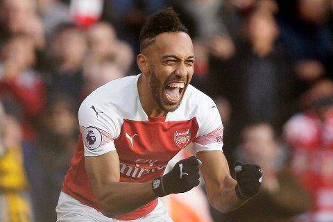Pierre-Emerick Aubameyang er toppscorer i Premier League med tolv mål. Han har scoret 22 mål på 31 Premier League-kamper for Arsenal. Det er en imponerende statistikk.   (AP Photo/Tim Ireland)