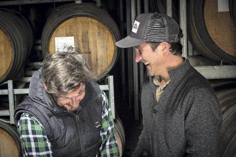 Flere lager nå gode Pinot-viner - som Mac Forbes (t.h.) og hans vinmaker, Austin Black i Australia.