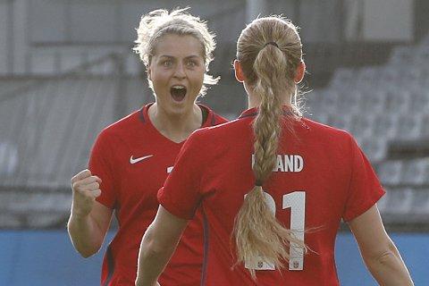 Tilbake! Ingrid Marie Spord har blitt en gjenganger på A-landslaget, og sikret seg proffkontrakt i den italienske storklubben Fiorentina. Nå har hun snudd på femøringen, og blir Sandviken-spiller.