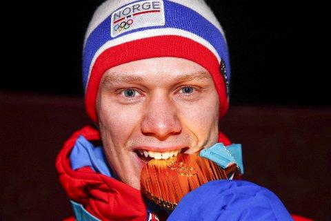 Tirsdag fikk Håvard Holmefjord Lorentzen (25) endelig utdelt sitt olympiske gull.