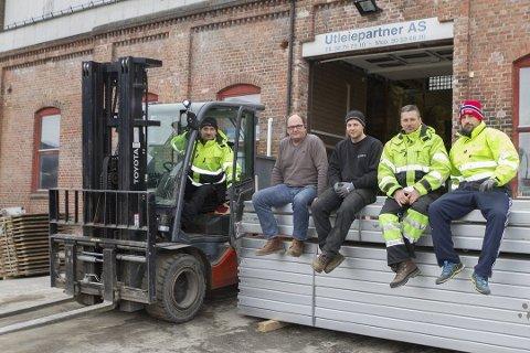Jozef Kaczmhrek (t.v), Morten Johannessen som er eier og daglig leder, Stian Johannessen, Bostjan Kozovinc og David Muskotevc i Utleiepartner.