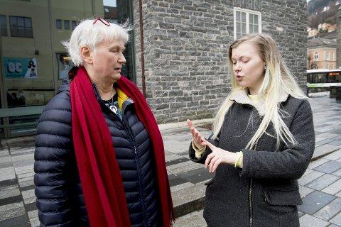 Oppgjør: Odny irene Miljeteig og Hilde Marie Boberg Andersen har sett seg grundig lei av at byens gater bare oppkalles etter kjente menn. Nå krever de forandring. FOTO: ARNE RISTESUND